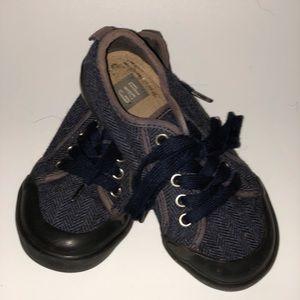Navy blue cloth herringbone shoes
